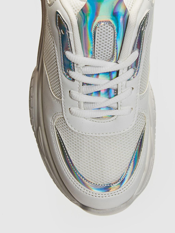 LC Waikiki Beyaz Kadın Kalın Taban Hologram Detay Spor Ayakkabı