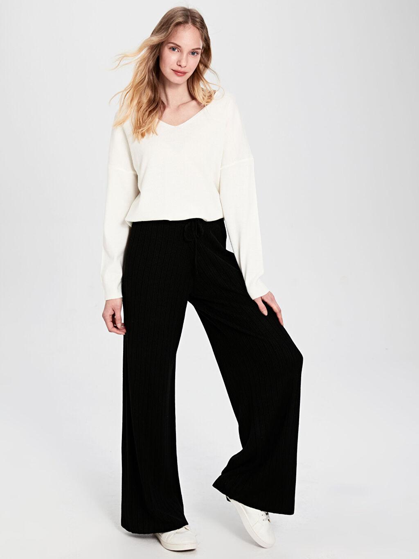 %100 Akrilik Standart Triko Uzun Pantolon Geniş Paça Yüksek Bel Bağlama Detaylı Triko Pantolon