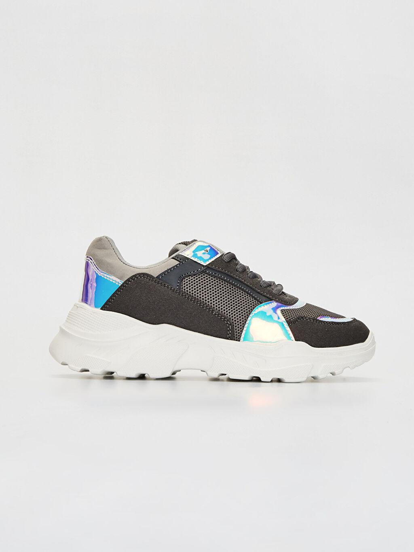 Gri Kadın Kalın Taban Hologram Detay Spor Ayakkabı 9WU334Z8 LC Waikiki
