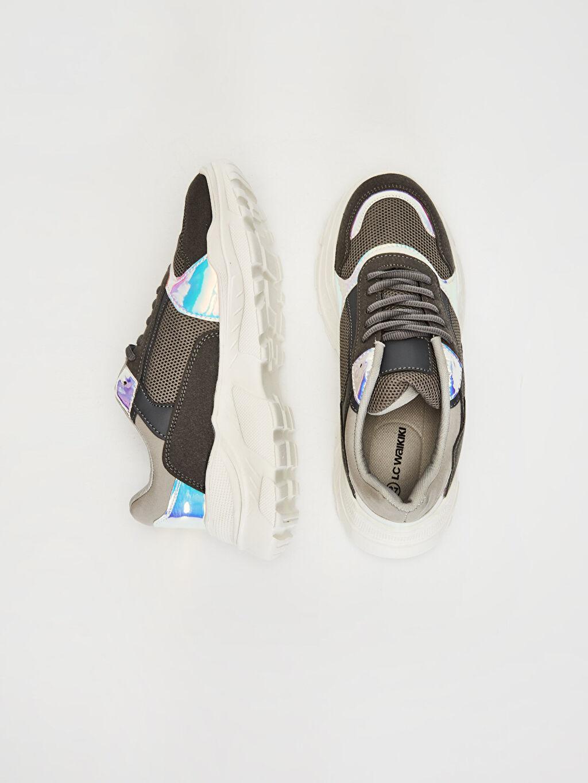 Tekstil malzemeleri Diğer malzeme (poliüretan) Tekstil malzemeleri Düz Standart Sneaker Yuvarlak Burun 3 cm Kadın Kalın Taban Hologram Detay Spor Ayakkabı