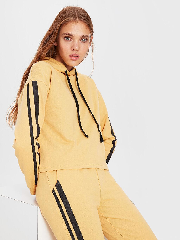 %50 Pamuk %50 Polyester Casual Standart Spor Hırka İnce Sweatshirt Kumaşı Standart Kapüşon Yaka Şerit Detaylı Sweatshirt