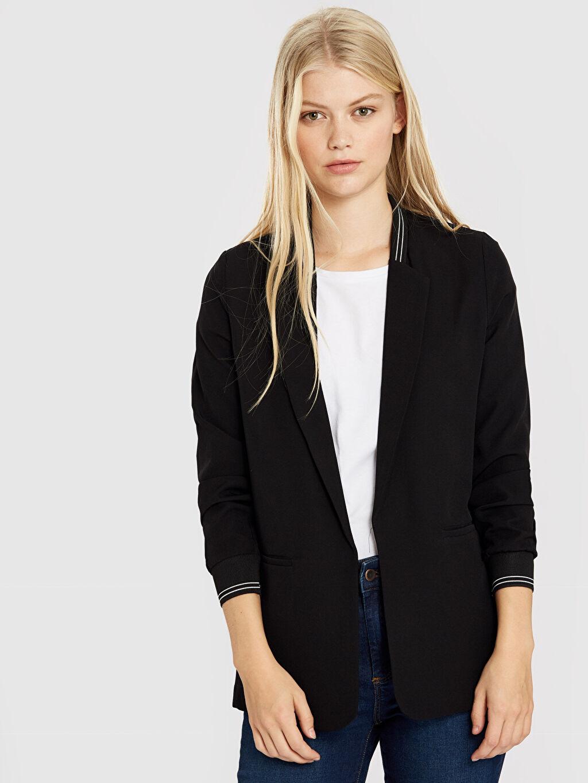 Siyah Quzu Şerit Detaylı Blazer Ceket 9WV836Z8 LC Waikiki