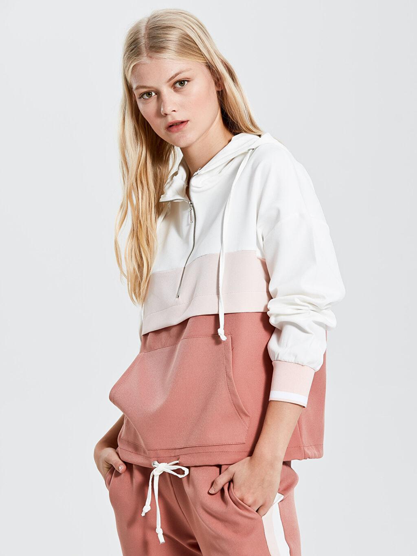 Sweatshirt Nisan Triko Renk Bloklu Kapüşonlu Sweatshirt