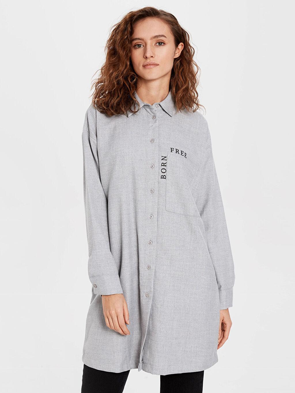 %65 Polyester %35 Viskon Tunik Oversize Diz Üstü Yazı Detaylı Oversize Viskon Tunik