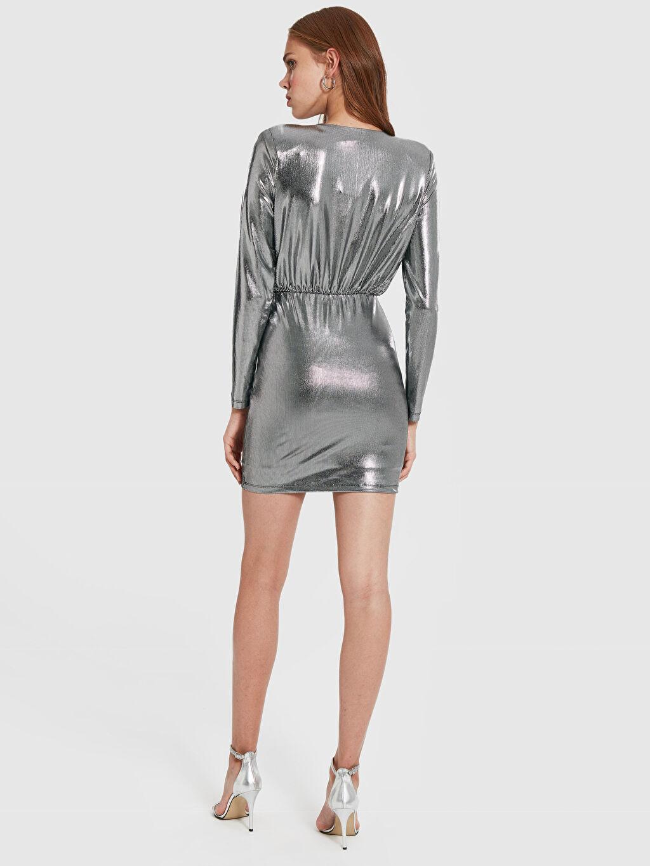 Kadın Quzu Kruvaze Yaka Işıltılı Mini Elbise