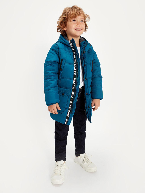 %100 Poliamid %100 Polyester Kalın Standart Şişme Mont Günlük Tafetta Polar Astar Düz Erkek Çocuk Kapüşonlu Kalın Kaban