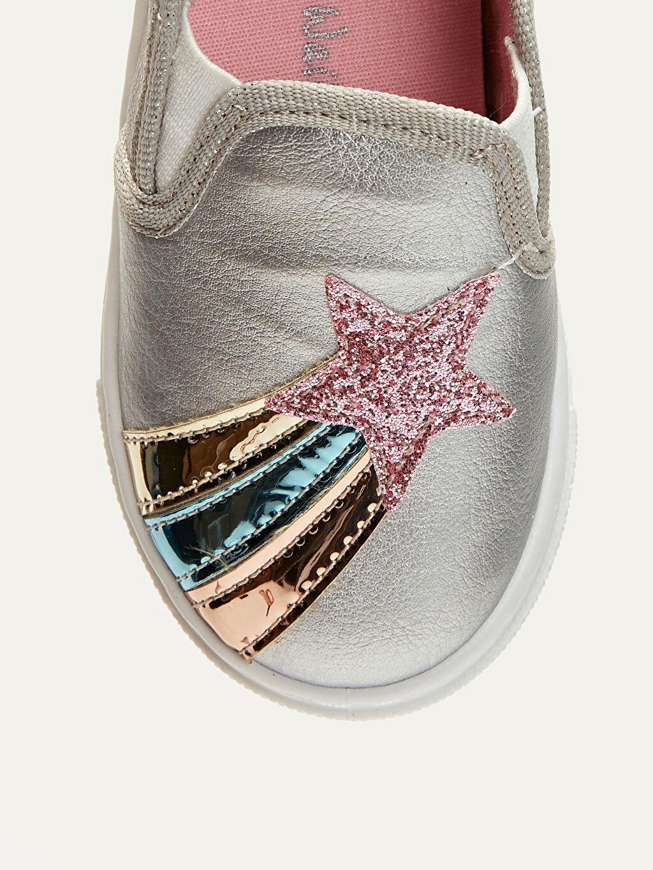 LC Waikiki Gri Kız Bebek Yıldız Aplikeli Ayakkabı