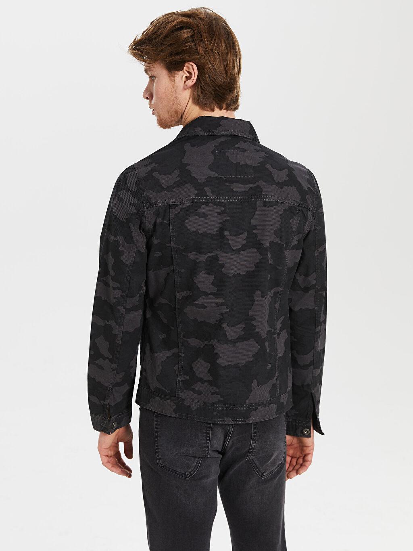 %100 Pamuk Uzun Kol %100 Pamuk Gömlek Yaka İnce Kemer Boy Kapüşonsuz Astarsız Mont Slim Fit Kamuflaj Desenli Ceket