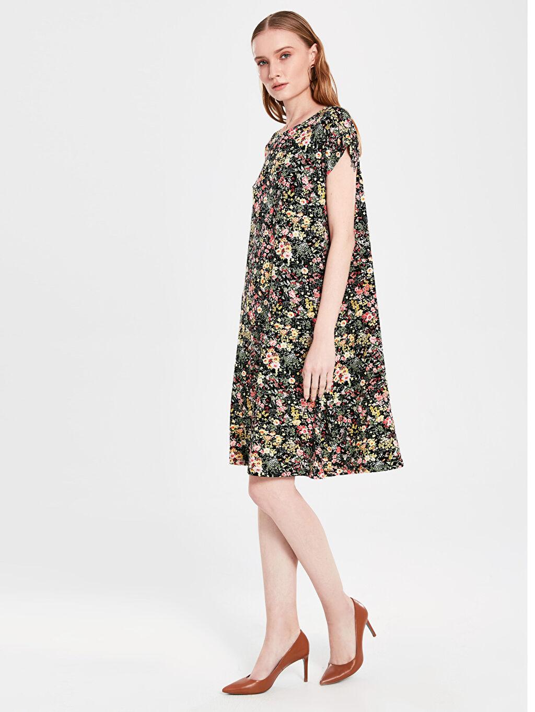 %97 Viskon %3 Elastan Elbise Ofis/Klasik Standart Baskılı Penye Astarsız Kısa Kol A Kesim Midi İnce Desenli Viskon Elbise