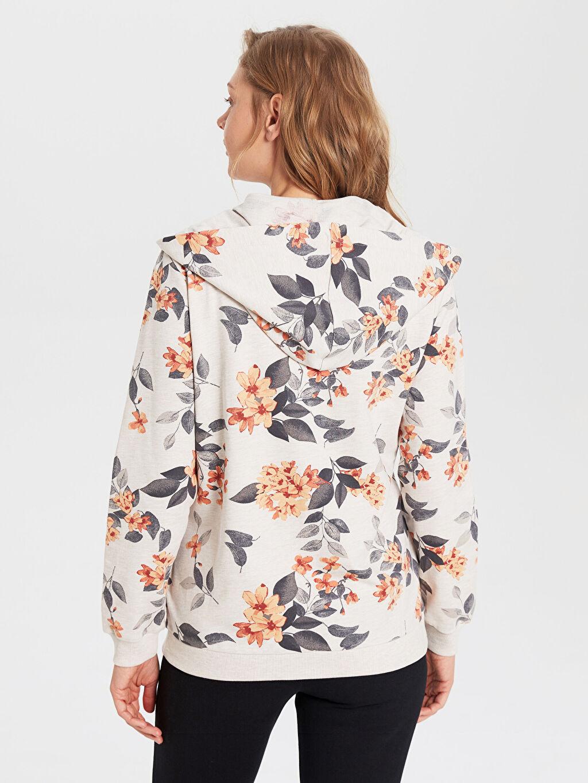Kadın Desenli Kapüşonlu Sweatshirt