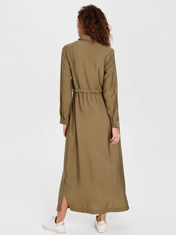 Kadın Dokulu Kumaştan Kuşaklı Uzun Elbise