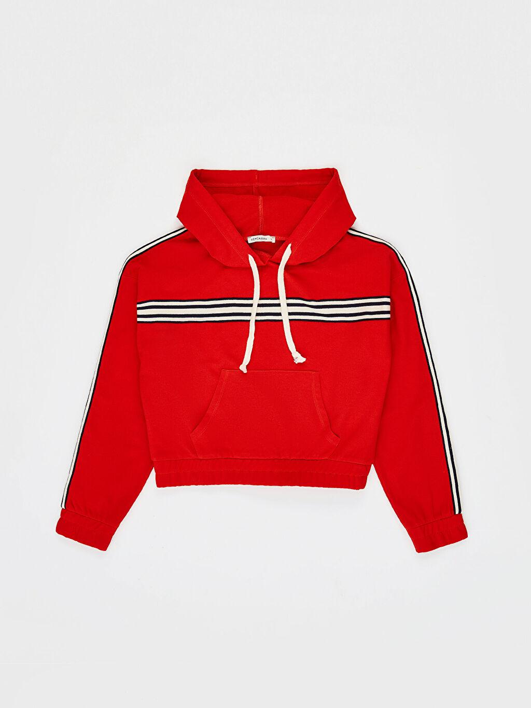 LC Waikiki Kırmızı Şerit Detaylı Kapüşonlu Crop Sweatshirt