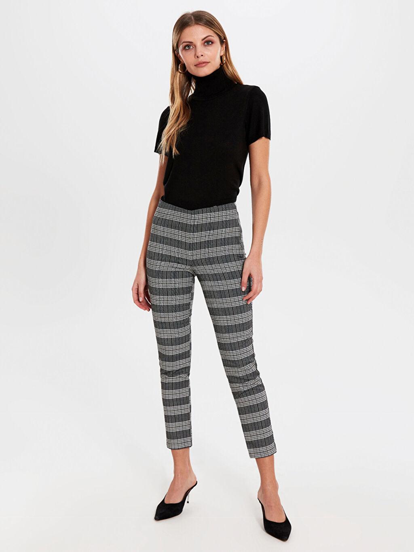 Kadın Yüksek Bel Esnek Skinny Kısa Paça Pantolon