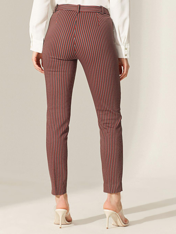 %54 Pamuk %42 Polyester %4 Elastan Bilek Boy Çizgili Slim Kumaş Pantolon