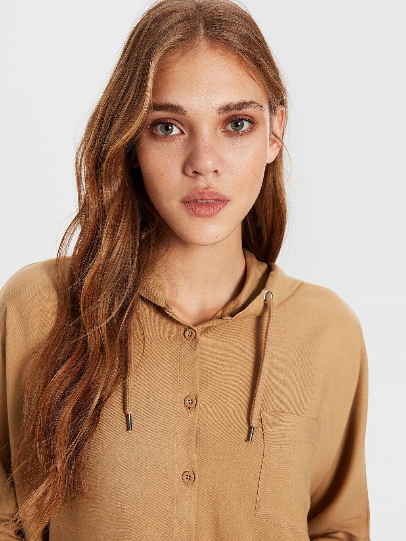 %5 Akrilik %95 Vıscose İnce Uzun Kol Gömlek Bol Düz Gömlek Standart Kapüşonlu Viskon Gömlek