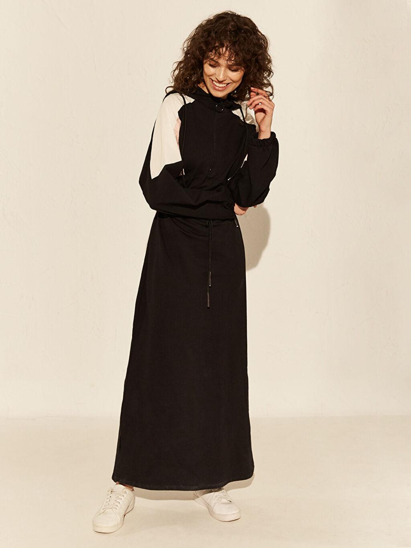 Siyah Renk Bloklu Kapüşonlu Uzun Elbise 0SM070Z8 LC Waikiki