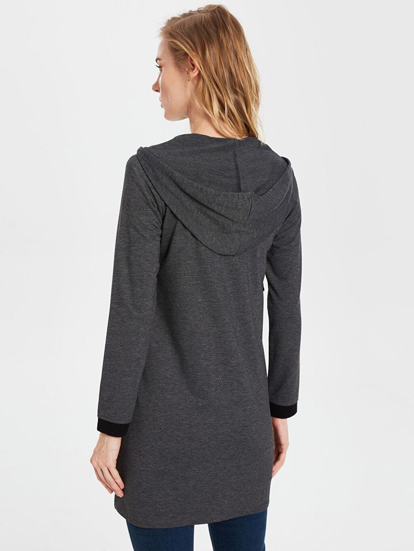 Kadın Fermuarlı Kapüşonlu Sweatshirt