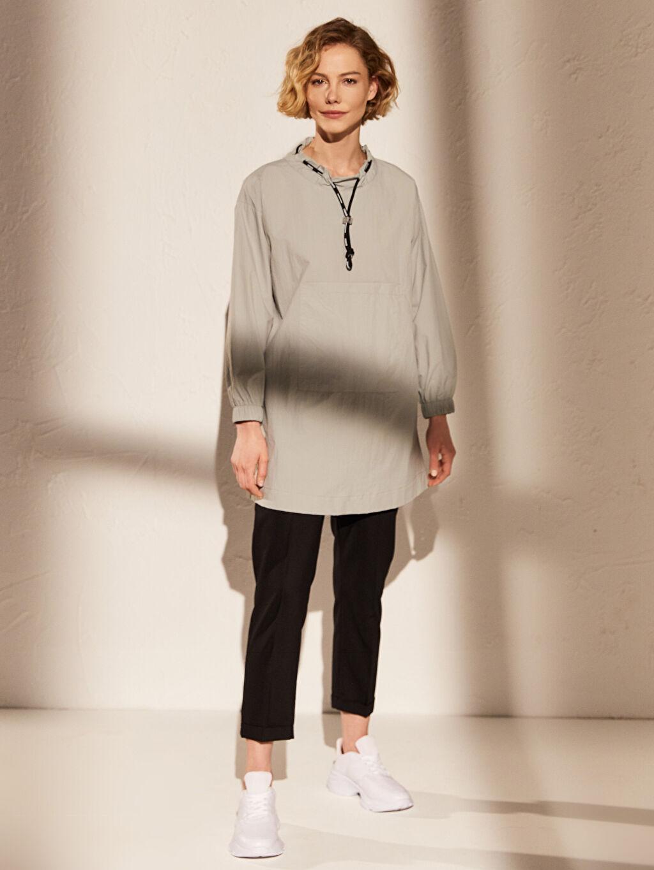 %100 Poliamid Orta Kalınlık Uzun Kol Tunik Tafetta Oversize Diz Üstü Yaka Detaylı Salaş Sweatshirt