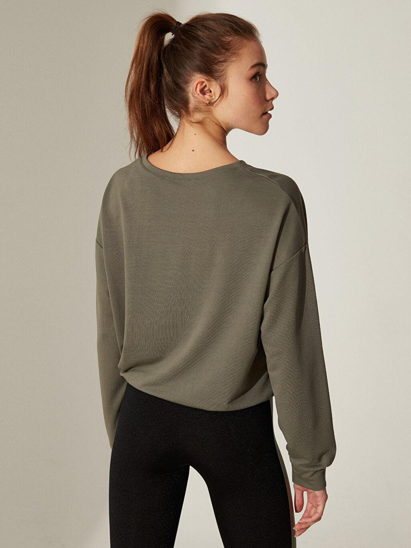 %63 Polyester %37 Viskon Aktif Spor Baskılı Crop Sweatshirt