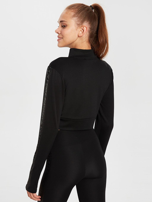 Kadın Dik Yaka Sweatshirt
