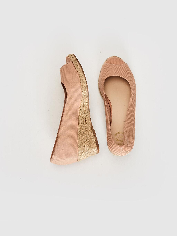 %0 Tekstil malzemeleri (%100 poliester) Kısa Düz Sandalet 3 cm Dolgu Topuk Kadın Hasır Dolgu Topuk Sandalet