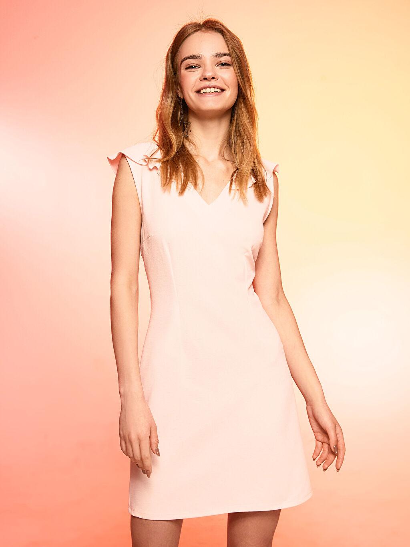 Kadın Fırfır Detaylı V Yaka Elbise