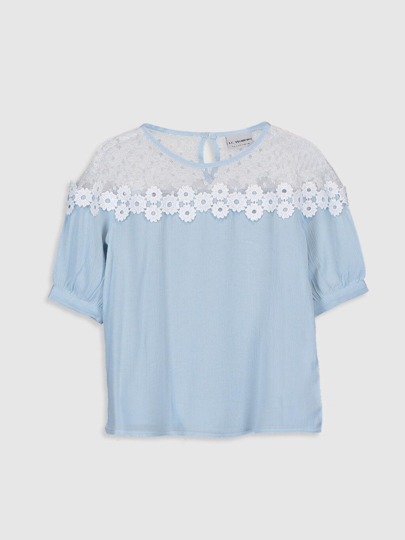 Mavi Kız Çocuk Dantel Detaylı Viskon Bluz 0S5011Z4 LC Waikiki