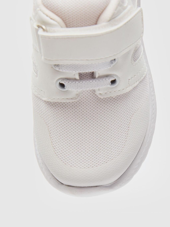 LC Waikiki Beyaz Erkek Bebek Cırt Cırtlı Günlük Spor Ayakkabı