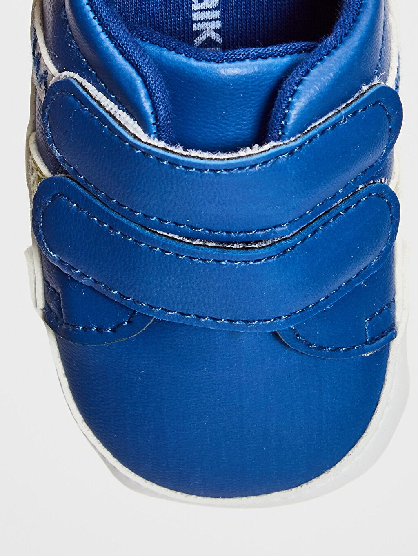 LC Waikiki Mavi Erkek Bebek Cırt Cırtlı Yürüme Öncesi Ayakkabı