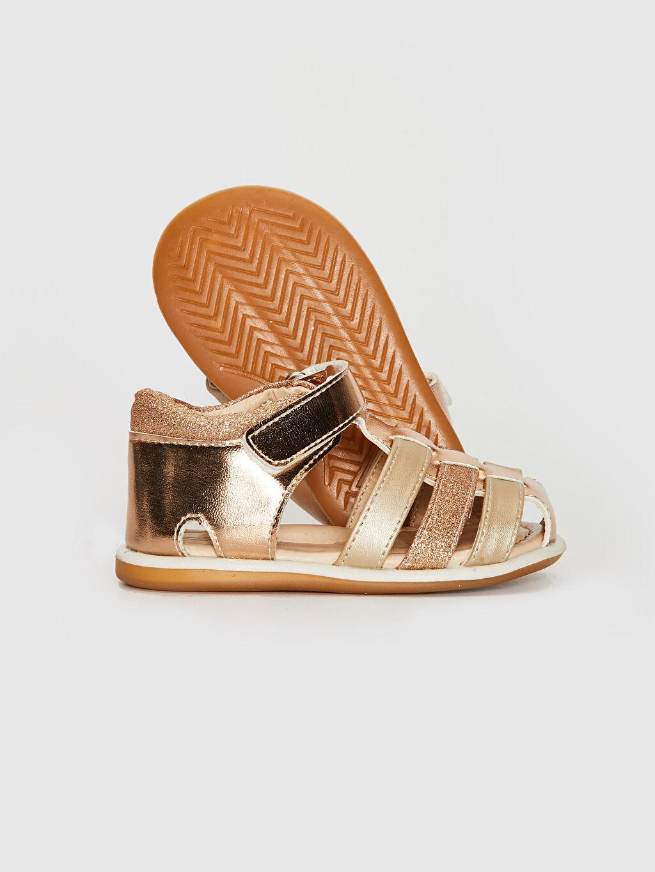 Kız Bebek Kız Bebek Parlak Görünümlü Cırt Cırtlı Sandalet