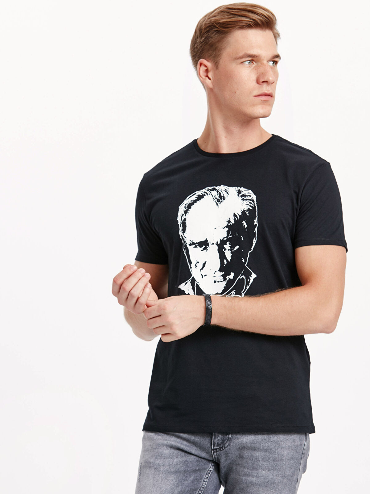 Atatürk Baskılı Pamuklu Tişört - LC WAIKIKI