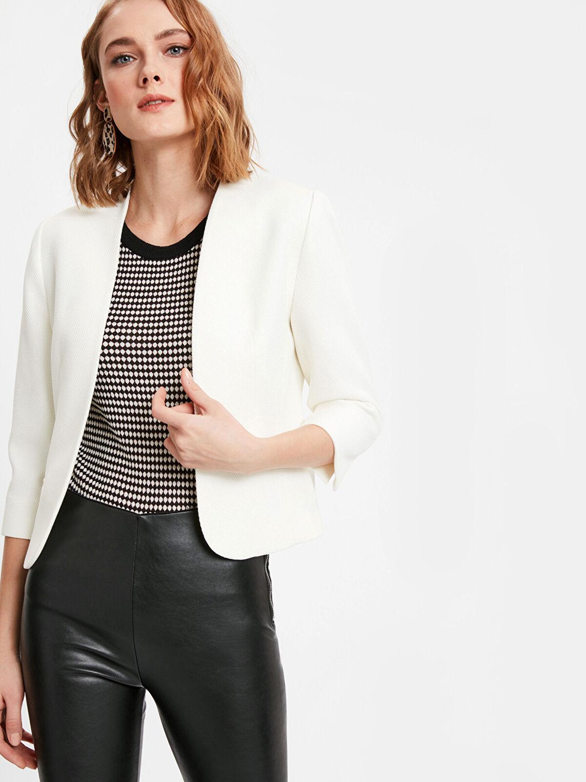Jakarlı Kısa Blazer Ceket - LC WAIKIKI