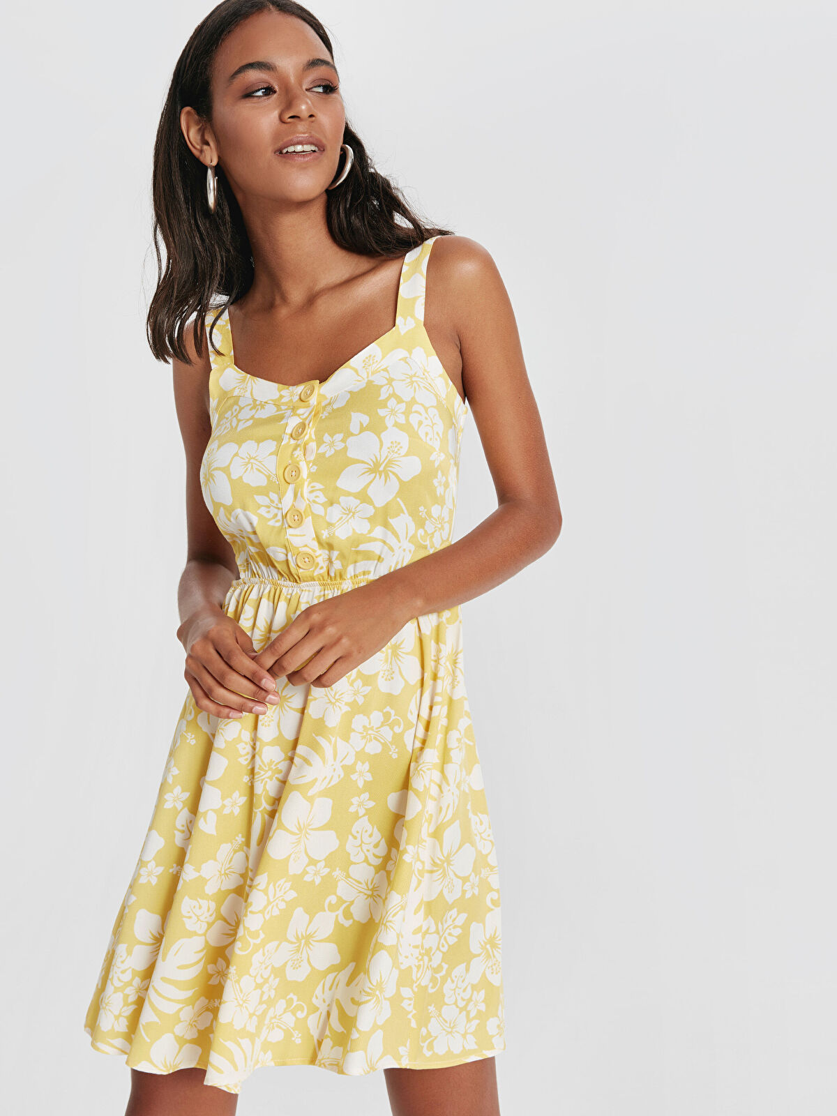 Çiçek Desenli Askılı Viskon Elbise - LC WAIKIKI