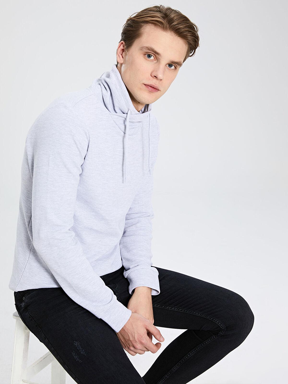 Keşiş Yaka Basic Sweatshirt - LC WAIKIKI
