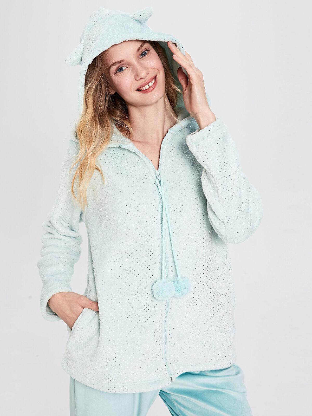 Işıltılı Ponpon Detaylu Kapüşonlu Pelüş Pijama Üst - LC WAIKIKI