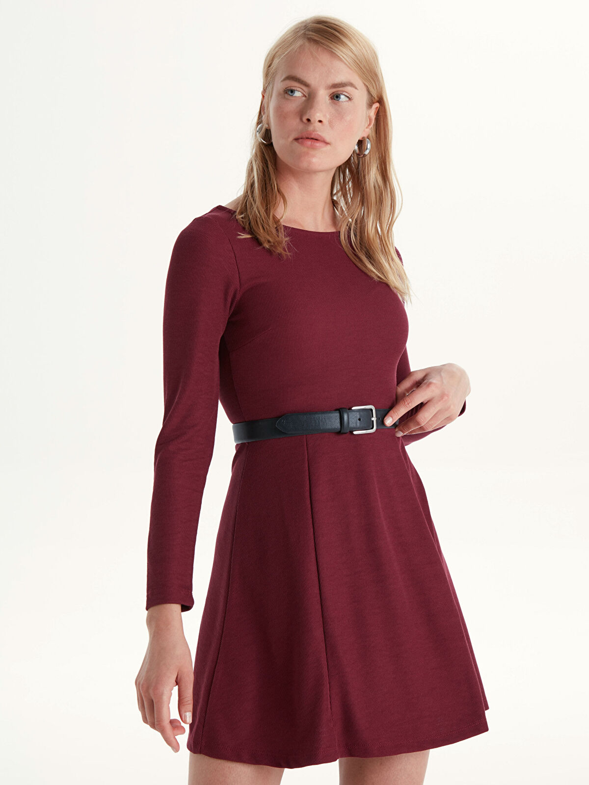 Sırt Detaylı Mini Kloş Elbise - LC WAIKIKI