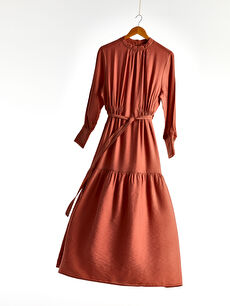 Beli Kuşaklı Uzun Düz Viskon Elbise