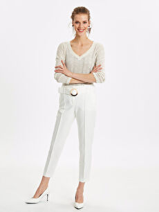Beyaz Kemerli Bilek Boy Esnek Kumaş Pantolon 9SN179Z8 LC Waikiki