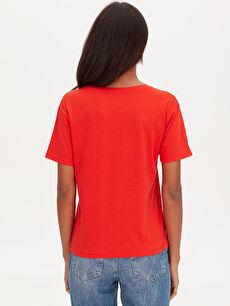 Kadın Cep Detaylı Pamuklu Tişört