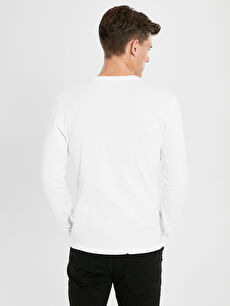 Beyaz Bisiklet Yaka Basic Uzun Kollu Pamuklu Tişört