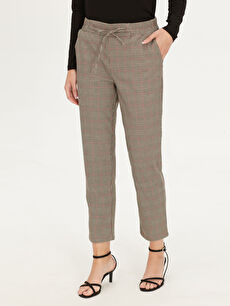 %64 Polyester %3 Elastan %32 Viskon %1 Metalik iplik Ekose Bilek Boy Normal Bel Havuç Kesim Pantolon Beli Lastikli Ekose Havuç Pantolon