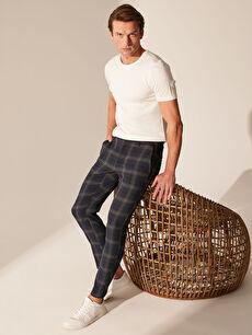 Lacivert Slim Fit Ekose Crop Pantolon 0S4761Z8 LC Waikiki
