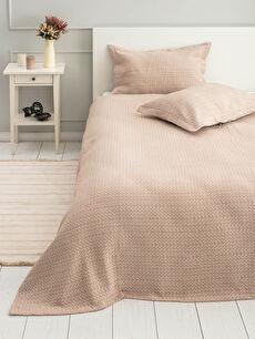 Çift Kişilik Desenli Yatak Örtüsü ve Yastık Kılıfı