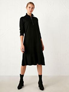 Yaka Detaylı Jakarlı Elbise