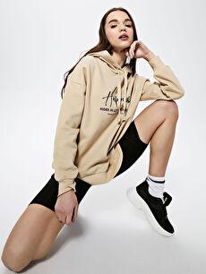 Kapüşonlu Baskılı Uzun Kollu Kadın Sweatshirt