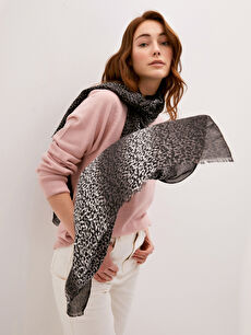Leopard Patterned Women's Shawl