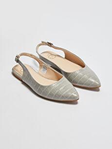 Kadın Parlak Görünümlü Babet Ayakkabı