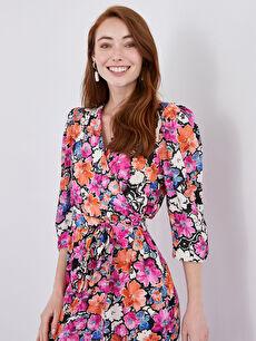 LCW CLASSIC Kruvaze Yaka Çiçek Baskılı Beli Kuşaklı Viskon Kadın Elbise