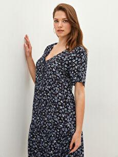 LCW CLASSIC V Yaka Çiçekli Kısa Kollu Düğme Kapamalı Viskon Kadın Elbise