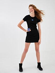 XSIDE Bisiklet Yaka Kelebek Nakışlı Kısa Kollu Kaşkorse Kumaş Kadın Elbise